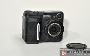 NIKON COOLPIX 880 3MP