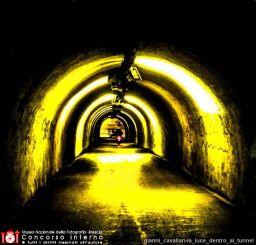 gianni_cavallari-la_luce_dentro_al_tunnel