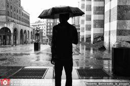 Roberto_Serra-sotto_la_pioggia